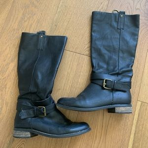 BDG Urban Outfitters boots